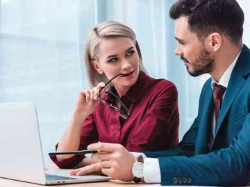 Signs A Female Co-Worker Likes You